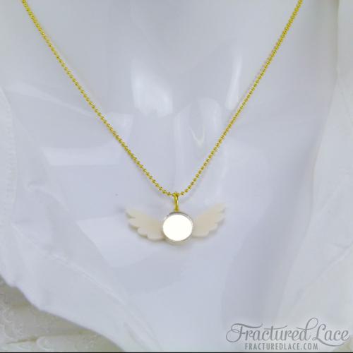 snitch necklace - close