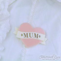 mum brooch pink-compressed