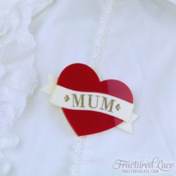 mum brooch red-compressed